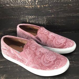 Steve Madden Velvet Sneakers Size 11